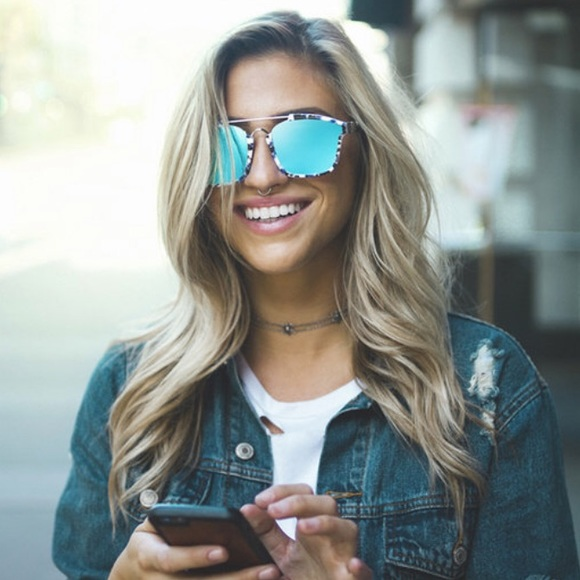 b2f272999c8b blenders eyewear Accessories - NEW Blenders Eyewear Westbrook Sunglasses